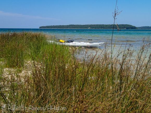 kayaks on Power Island